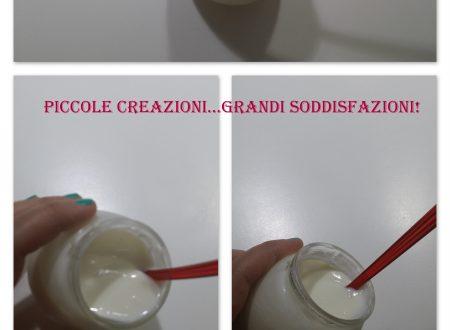 Yogurt fatto in casa con la yogurtiera