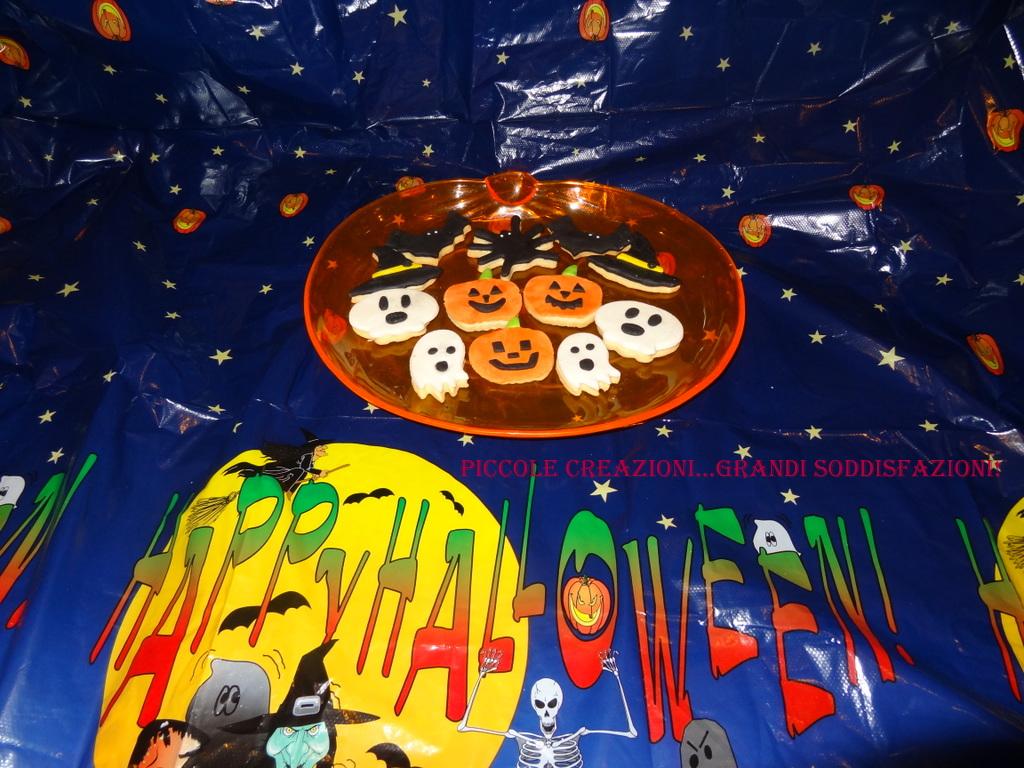 Biscotti in pasta di zucchero per Halloween