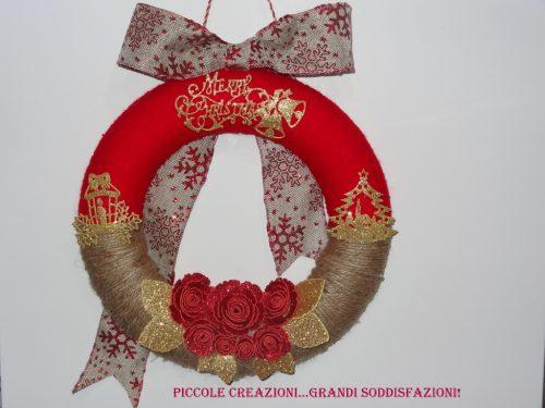 Ghirlanda natalizia fuoriporta di lana e spago