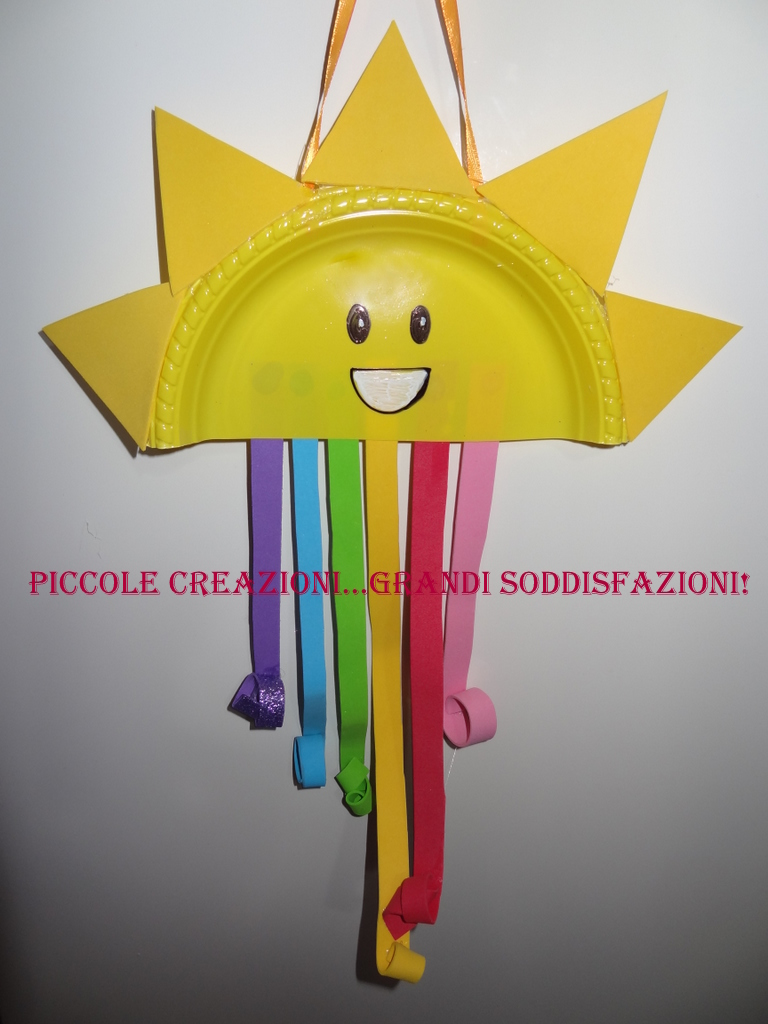 Festone a forma di sole e arcobaleno