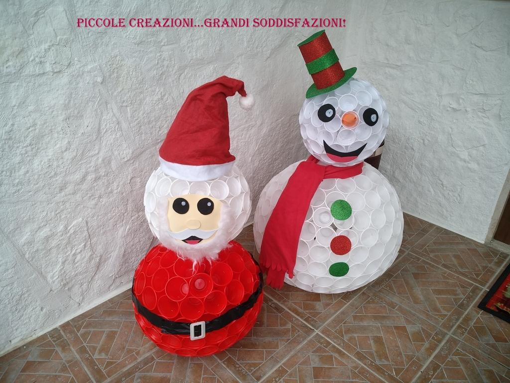 Babbo Natale Fatto Con I Bicchieri Di Plastica.Babbo Natale E Pupazzo Di Neve Con Bicchieri Di Plastica