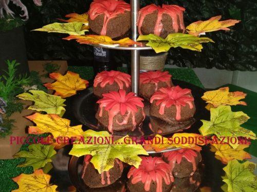 Cupcake vulcano per party a tema dinosauri