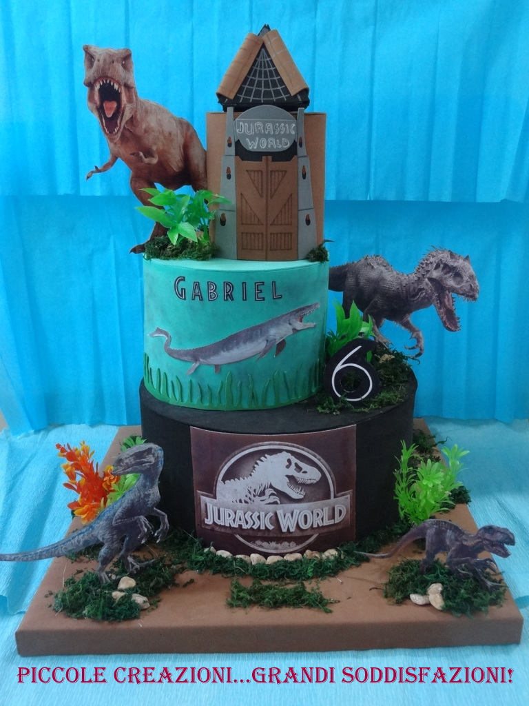 Torta scenografica di Jurassic World
